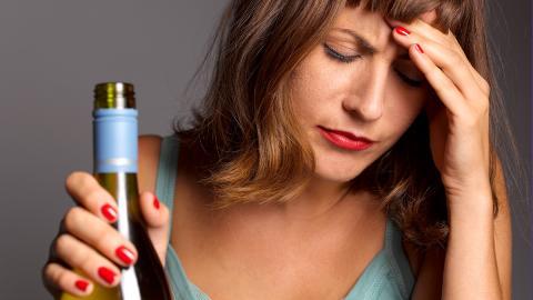 Alkoholkonsum: Darum wird der Kater am nächsten Tag von Jahr zu Jahr heftiger