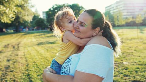 Body Positivity für ihr Baby: Diese Mutter schafft Bewusstsein auf wunderschöne Weise