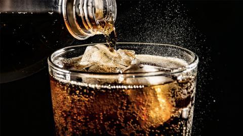 Harvard-Studie belegt: So schlimm sind die Folgen, wenn man jeden Tag Softdrinks trinkt