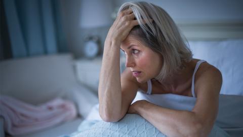 Schlaf-Phobie: Mutter kann aus Angst vor bestimmter Sache nicht schlafen