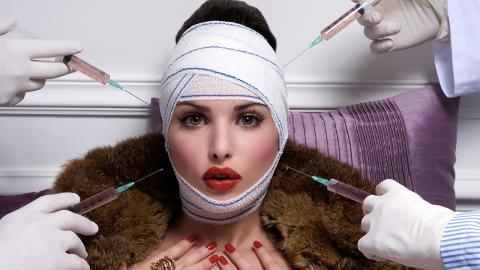Süchtig nach Beauty-OPs: 28-Jährige gibt 167.000 € für ihr Aussehen aus