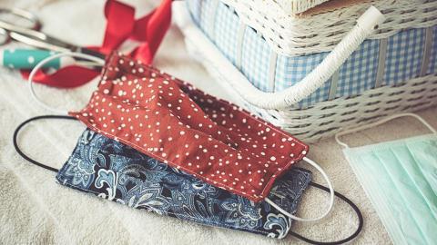 Stoffmasken im Alltag: Diese Fehler solltet ihr beim Reinigen vermeiden