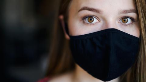 Rätsel für Gesundheitsbehörde: Trotz Sicherheitsmaßnahmen infiziert sich Teenager mit Covid-19