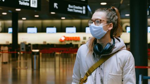Durch Coronavirus boomt Impftourismus und Darknet