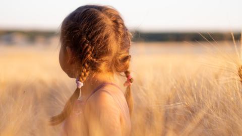 """Gesundheitsjournalistin: """"Meine Kinder sind Versuchskaninchen für Corona-Impfstoff"""""""