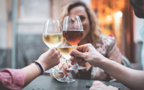 WHO fordert: Frauen zwischen 15 und 49 Jahren sollen keinen Alkohol trinken