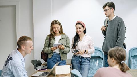 Studie: Täglicher Corona-Test für Schüler ist genauso effektiv wie Gruppenisolation
