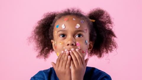 Gesundheitsrisiko bei Kindern: Diese beliebte Süßigkeit bekommt einen Warnhinweis