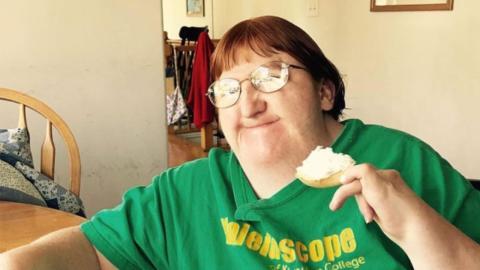 """Frau wird als """"zu hässlich für Selfies"""" beleidigt: Dann zeigt sie, wer sie wirklich ist"""