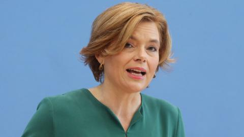 Julia Klöckner (CDU) fordert den gezielten Abschuss von Wölfen