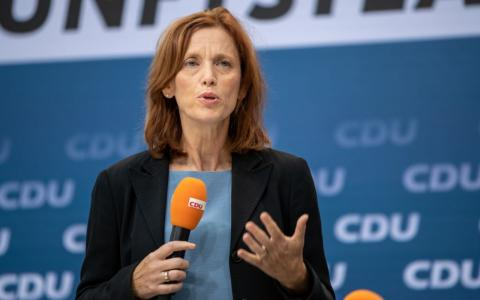 Bildungsministerin Karin Prien will gendergerechte Sprache an Schulen verbieten