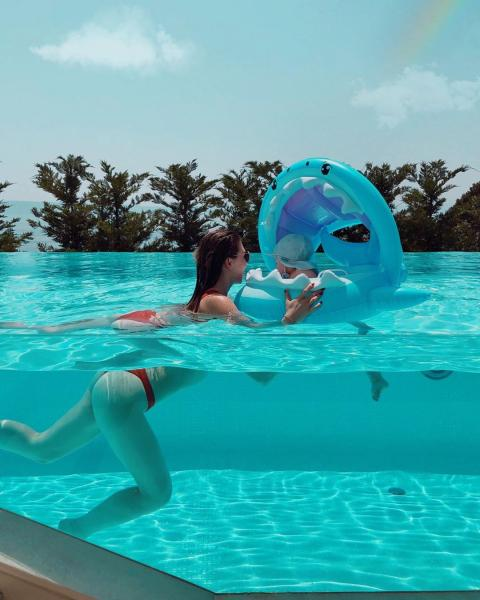 YouTuberin Bibi: Ihr kleiner Sohn verursacht Badeunfall