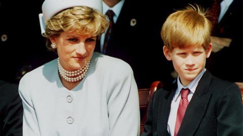 Royal-Exit: Prinz Harry ignoriert Dianas Warnung