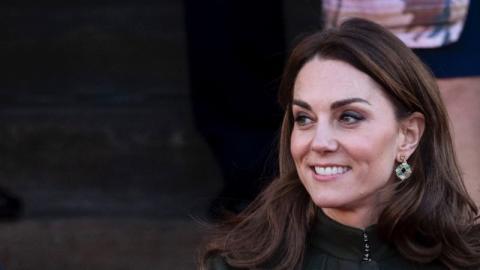 Preisknüller: Kate Middleton überrascht in einem Kleid von Zara