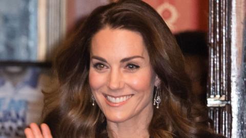 Prinzessinnenschuhe: Kate Middleton begeistert mit Glitzer-Pumps