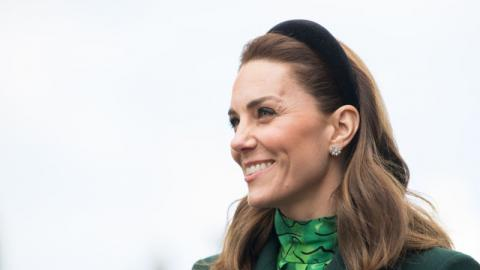 "Wie einst Lady Diana: Kate Middleton verzaubert in rosa ""Barbie""-Kleid"