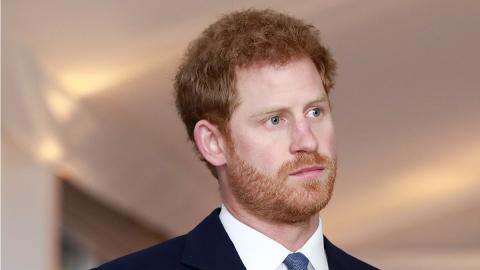 """""""Hilflos"""" und """"besorgt"""": Prinz Harry macht sich große Sorgen um Charles und die Queen"""