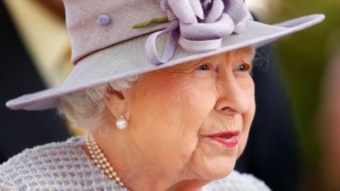 Historische Abwesenheit: Queen Elizabeth zieht sich auf unbestimmte Zeit zurück