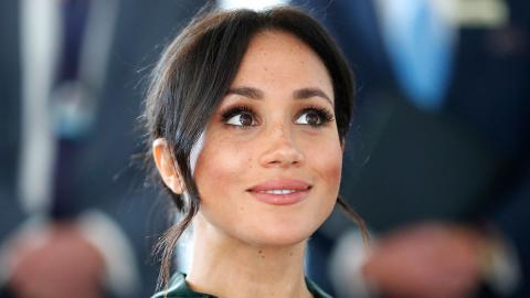 Empörte Royals: Meghan leistet sich bei königlicher Hochzeit riesigen Fauxpas