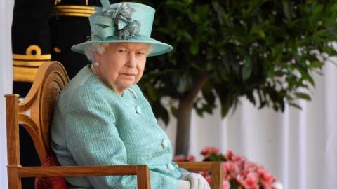 Diebe im Palast: Queen Elizabeth wurde von ihren Angestellten beklaut