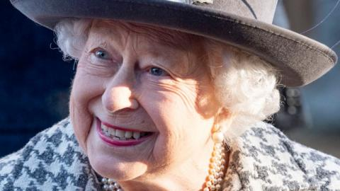 Rebellische Queen: Die 5 Male, bei denen Elizabeth II. gegen das Protokoll verstoßen hat