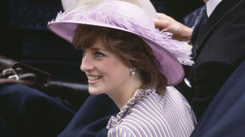 """Charlie's Girl"": Dieses Fotoshooting nahm für Lady Diana ein böses Ende"