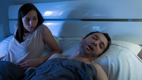Gender Sleep Gap: Darum schlafen Frauen schlechter als Männer