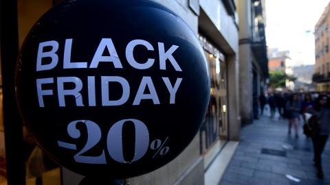Mit diesen Tipps sparst du am Black Friday bares Geld!