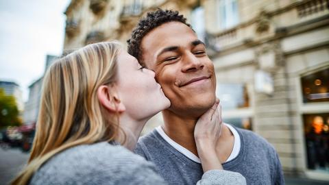 Die Sterne verraten: Das sind die besten Sternzeichen-Paare in der Liebe