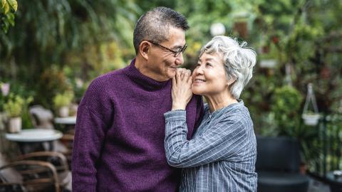 Endlose Liebe: Ein Mann pflanzt einen wunderschönen Garten für seine blinde Frau