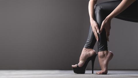 Das sind die gesundheitlichen Folgen, wenn du zu oft High Heels trägst