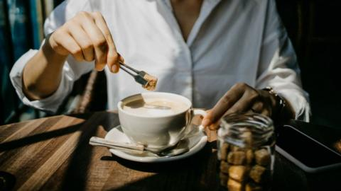 Diese kleine Umstellung am Morgen hilft dir dabei, weniger Zucker zu essen