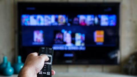 Fernsehbildschirme schnell und einfach reinigen