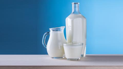 Aufbewahrung von Milch im Kühlschrank: Es gibt nur einen richtigen Ort