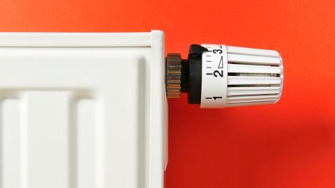 Energie und Geld sparen: So stellt ihr die Heizung richtig ein