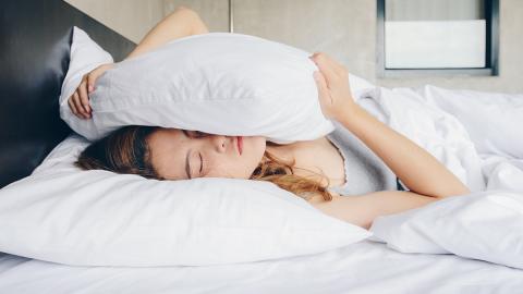 Mit diesen 5 Tipps besiegt ihr eure Morgenmüdigkeit