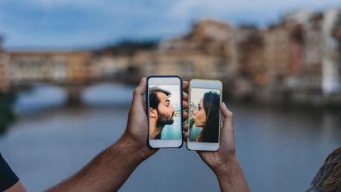 Liebe per Video: Die Kontaktsperre hat einen ungeahnten Effekt auf unser Dating-Verhalten