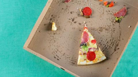 Pizza statt Müsli: Ernährungsexpertin rät zu fettigem Frühstück