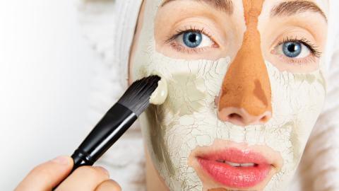 Multimasking: Darum solltest du deine Gesichtszonen unterschiedlich behandeln