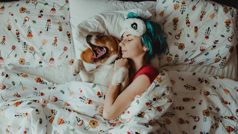 Weder zu viel, noch zu wenig: So viel Schlaf ist wirklich gesund