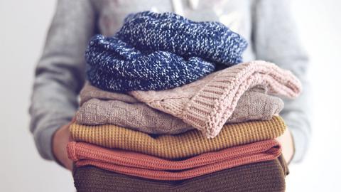 Mit diesen Tipps verhinderst du, dass dein Pullover fusselt