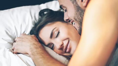 Die Sterne verraten dir, was deine geheime Fantasie im Bett ist