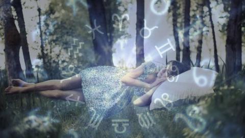 Astrologie: Um diese Uhrzeit solltest du schlafen gehen, um am nächsten Tag fit zu sein