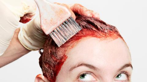 So färbst du deine Haare mit Henna richtig