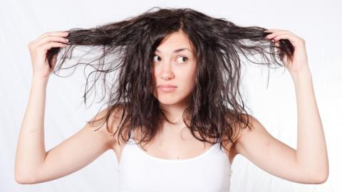 Mit diesen Tricks wächst euer Haar schneller