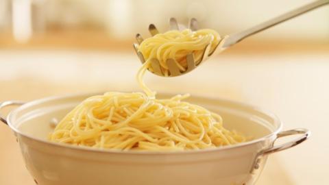 Öl, Salz, Nudel-Wahl: Das alles kann beim Spaghettikochen schiefgehen