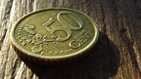 Nicht ausgeben: Eine bestimmte 50-Cent Münze kann dich um Einiges reicher machen