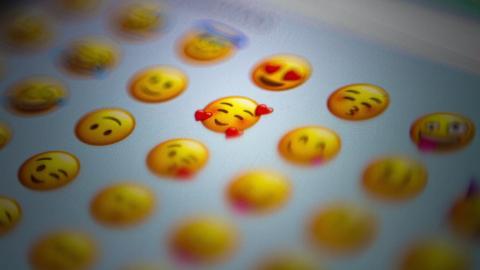 Zeige mir dein liebstes Emoji und ich sag' dir dein Alter