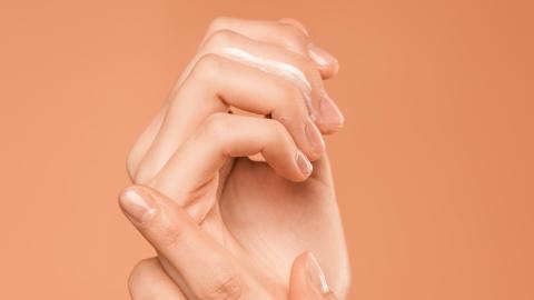 Covid-19: Kann man den Nägeln eine Corona-Erkrankung ansehen?