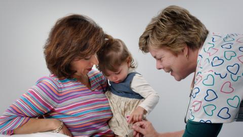 Bald ist es soweit: Wann du dein Kind gegen Corona impfen lassen solltest